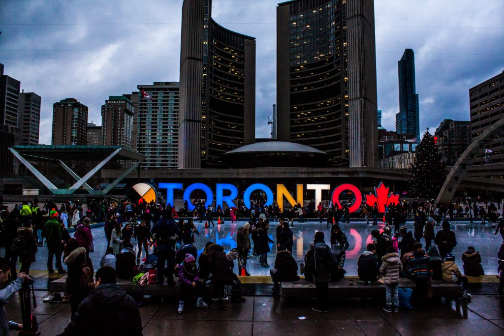 10 Reasons to Live in Toronto