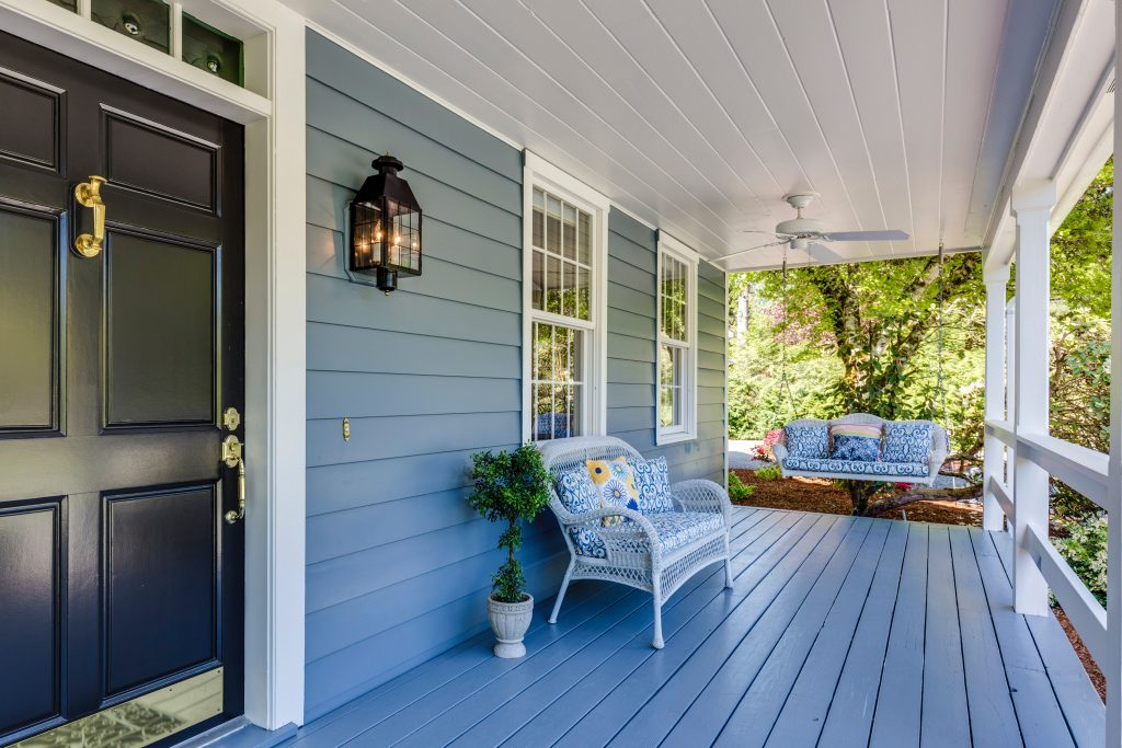 Top 3 Reasons Why You Should Buy a Home this Spring