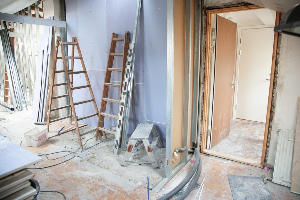 A Beginner's Guide to House Flipping